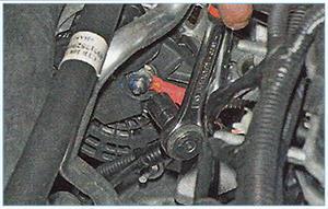 Snjatie-generatora-zamena-reguljatora-3.jpg
