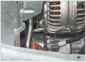 Snjatie-generatora-zamena-reguljatora-7.jpg