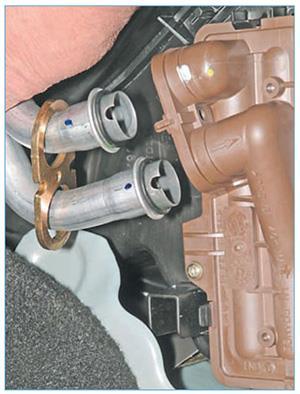 snyatie-radiatora-almera-6.jpg