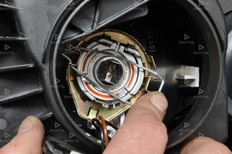Замена ламп ближнего света Ford Ka во Владивостоке