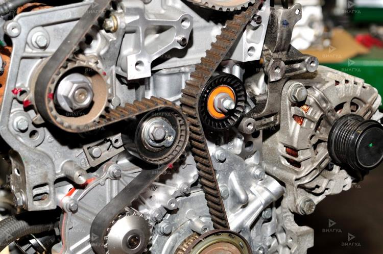 Замена ролика ремня генератора Chevrolet Cobalt в Тольятти