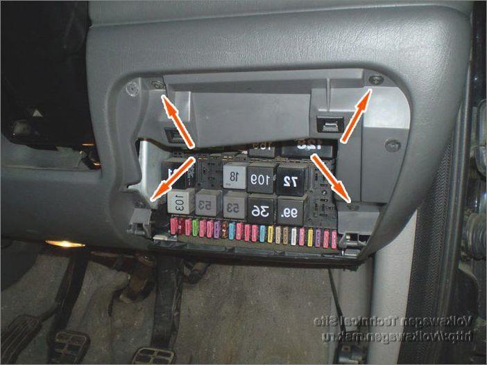 Предохранители и реле Ford Galaxy ()   Base-ex