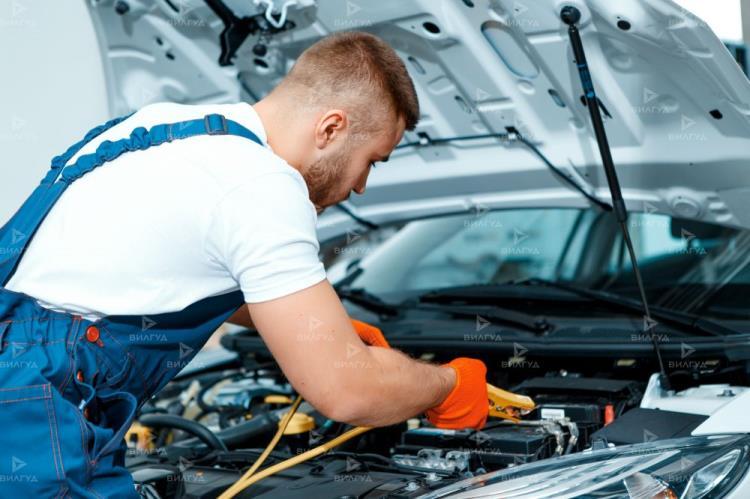 Замена ламп подсветки номера Nissan Tino в Новом Уренгое