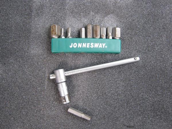 инструмент для замены модуля зажигания ВАЗ 2110