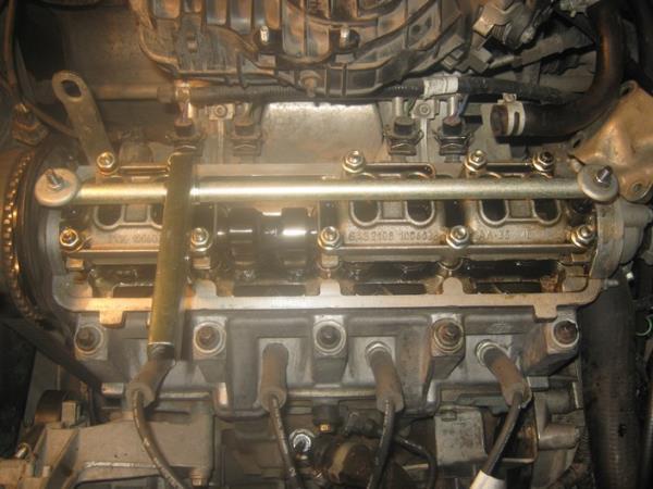 планка для регулировки клапанов на ВАЗ 2109-21099