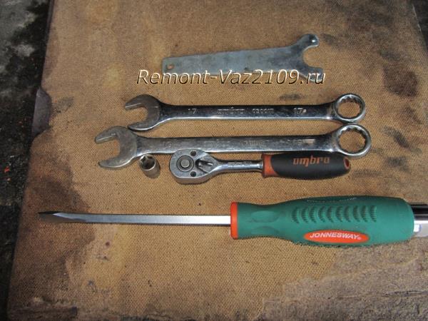инструмент для замены ремня ГРМ на ВАЗ 2109 и натяжного ролика