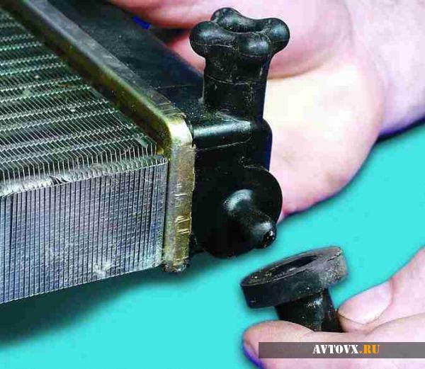 Промывка радиатора охлаждения ВАЗ 2110