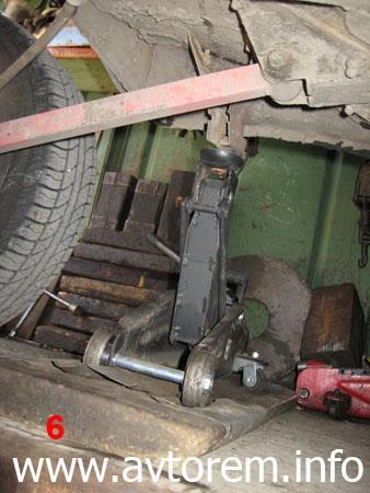 Порядок замены задних пружин на автомобиле ВАЗ-2101, ВАЗ-2104, ВАЗ-2105, ВАЗ-2106, ВАЗ-2107, Классика