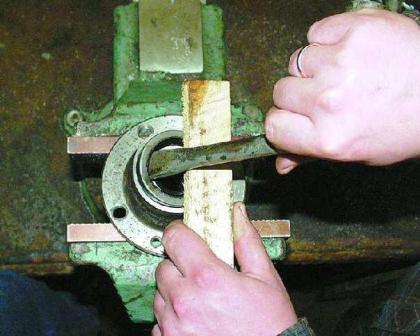 Видео ремонт Ваз Лада: Замена и ремонт передней и задней ступицы ВАЗ 2101, 2102, 2103, 2104, 2105, 2106 своими руками. Подробный