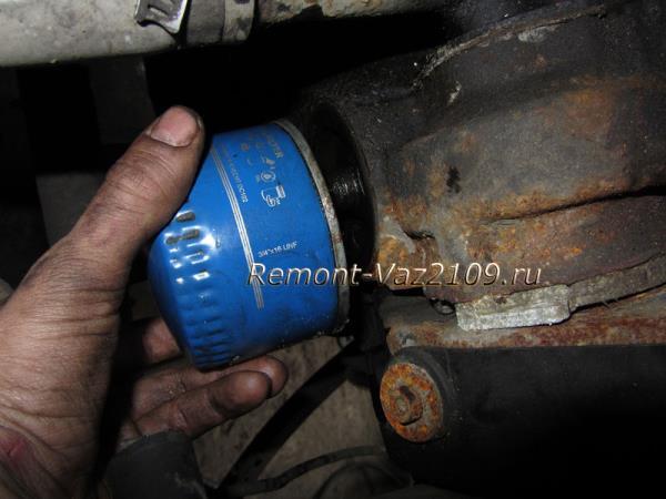 замена масляного фильтра на ВАЗ 2109-2108
