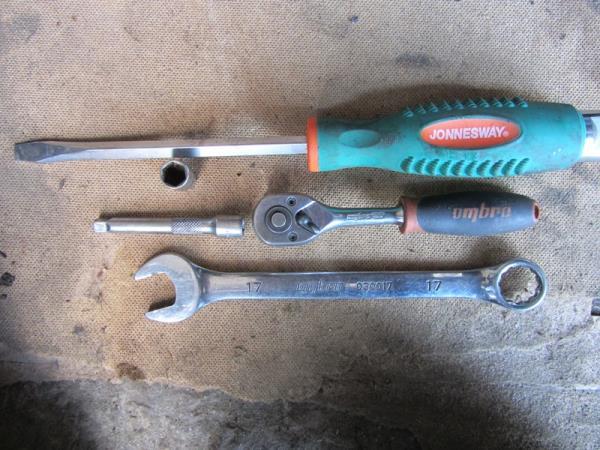 инструмент для замены помпы на ВАЗ 2110-2111