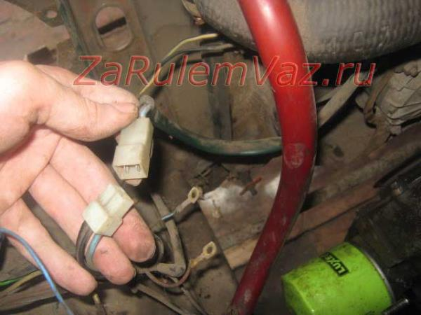 отключение питания вентилятора ВАЗ 2107