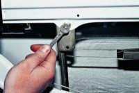 Как заменить замки лобового стекла ваз 2107 - Rack19.ru