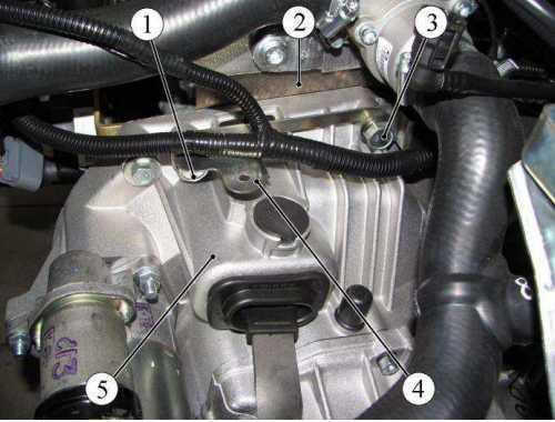 Верхнее крепление коробки передач Лада Гранта (ВАЗ 2190)