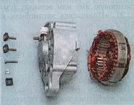 snjatie-proverka-remont-zamena-ustanovka-generatora-peremennogo-toka-vaz-classic 33