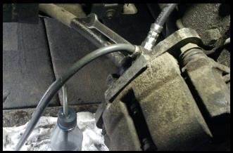 Замена переднего тормозного шланга ВАЗ 2106, ВАЗ 2107, ВАЗ 2109, ВАЗ 2110, ВАЗ 2114, ВАЗ 2115