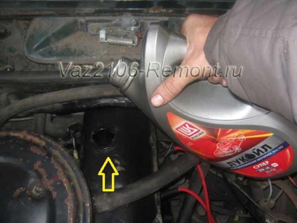 замена масла в двигателе ВАЗ 2106
