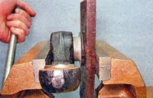 установка резинометаллических шарниров