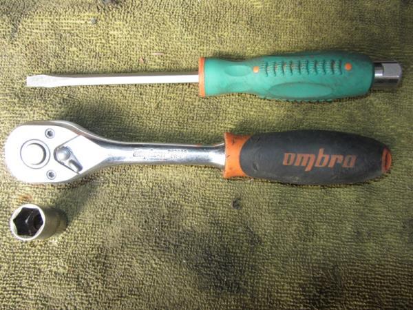 инструмент для замены втягивающего реле стартера на ВАЗ 2110-2111