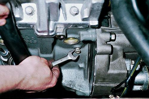 Замена охлаждающей жидкости ВАЗ 2108 своими руками