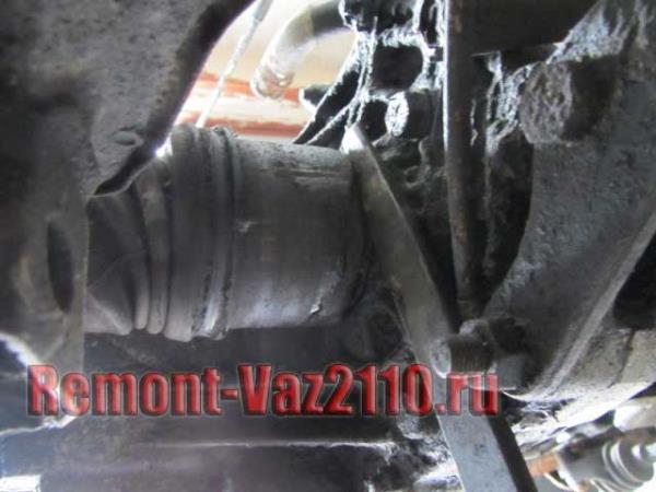 как отсоединить внутренний шрус на ВАЗ 2110-2112