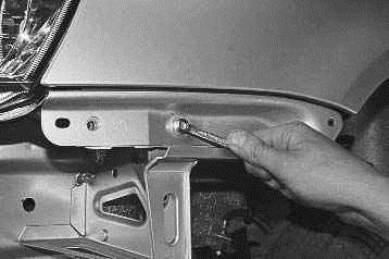 Операции проводимые при снятии и установке переднего крыла на автомобиле ВАЗ 2170 2171 2172 Лада Приора