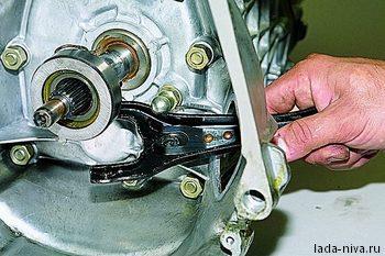 Механизмы включения сцепления Нива ВАЗ 21213, 21214, 2131 lada 4x4
