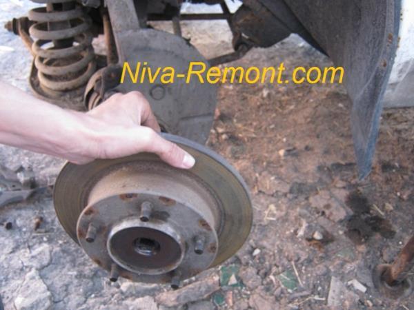 замена тормозных дисков на Ниве ВАЗ 2121
