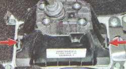 Кулиса рычага КПП Лада Ларгус JR5 и JНЗ (снятие и замена)
