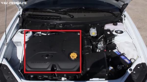 В квадрат обведена крышка двигателя автомобиля с объёмом двигателя 1.6 литров