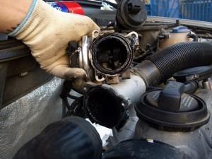 Фото удаления клапана EGR, drive2.ru