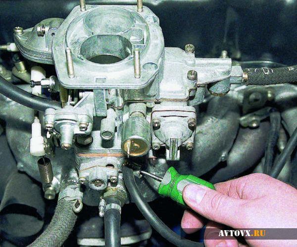 Регулировка смеси карбюратора ВАЗ 2106