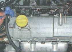 Замена прокладки крышки головки двигателя Лада Ларгус