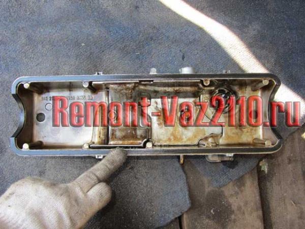новая прокладка клапанной крышки ВАЗ 2110-2112