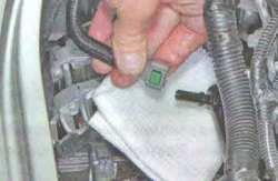 Прокладка головки блока цилиндров Лада Ларгус (замена, дефектовка головки, проводимые операции)