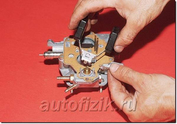 Разборка карбюратора со снятием его с двигателя AUTOFIZIK.RU / авторемонт