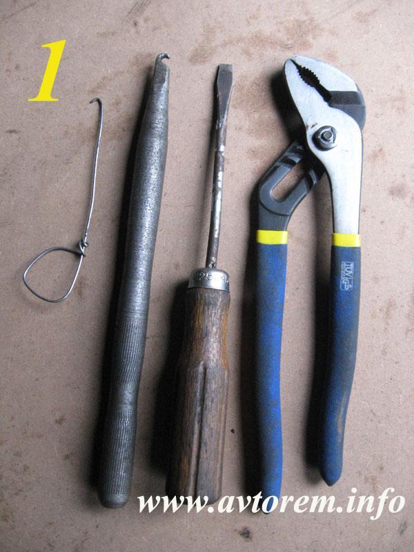 Инструмент необходимый для замены задних тормозных колодок на автомобилях ВАЗ-2108, ВАЗ-2109, ВАЗ-21099, ВАЗ-2110, ВАЗ-2112, ВАЗ-2114, ВАЗ-2115, ВАЗ-1117, ВАЗ-1118, ВАЗ-1119