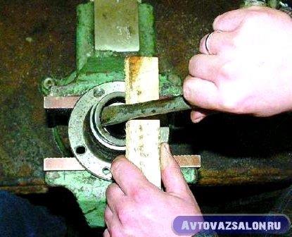 zamena-podshipnikov-stupicy-vaz-klassika_58