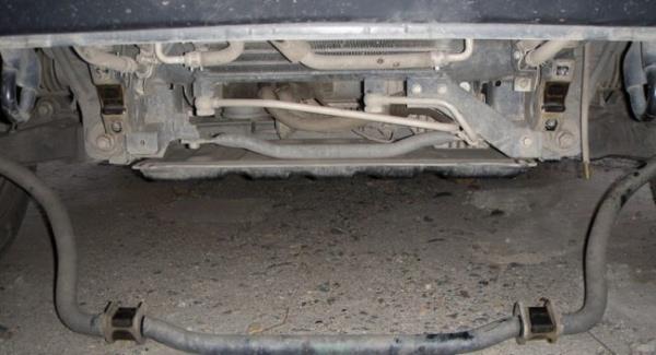 Штанга стабилизатора Mitsubishi Pajero 4