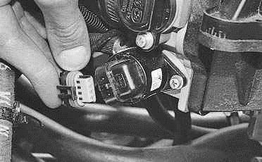Операции проводимые при замене регулятора холостого хода на автомоибле ВАЗ 2170 2171 2172 Лада Приора (Lada Priora)
