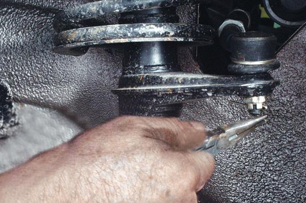 Гайки рулевых наконечников