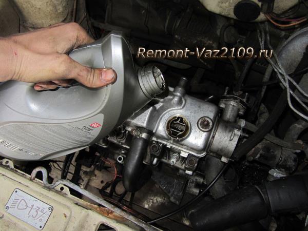 замена масла в двигателе ВАЗ 2109-2108