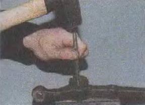 Zamena-sajlent-blokov-perednej-podveski 28