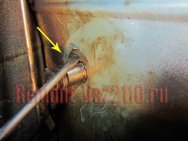 как снять личинку замка двери на ВАЗ 2110-2112