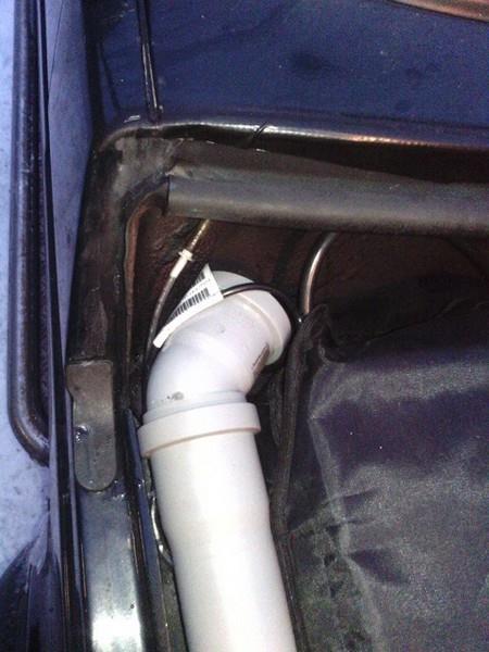 Избавляемся от пыли и вероятности засоса воды в воздушном фильтре НИВЫ