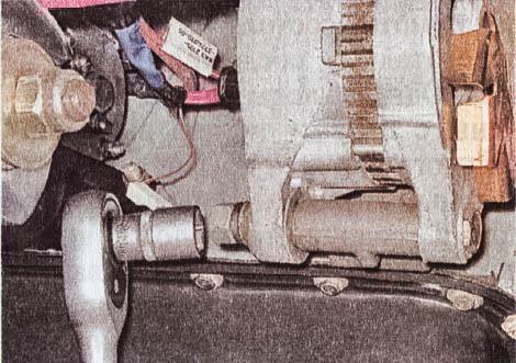 snjatie-proverka-remont-zamena-ustanovka-generatora-peremennogo-toka-vaz-classic 08