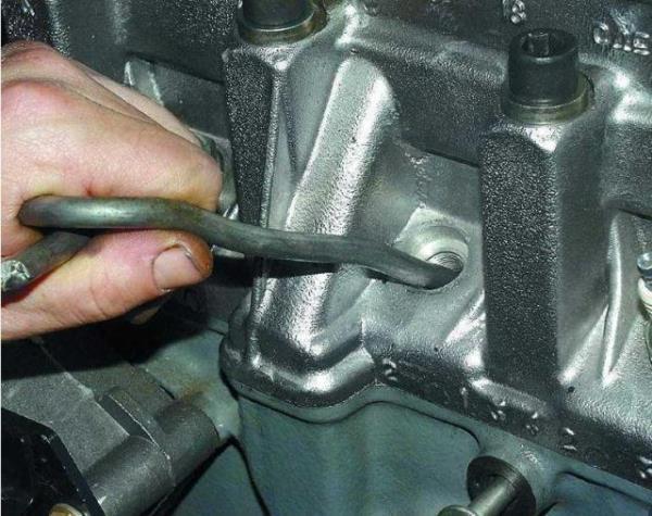 Замена сальников клапанов на двигателе ВАЗ 2110