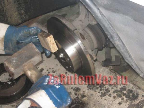 замена тормозных дисков на ВАЗ 2114 и 2115