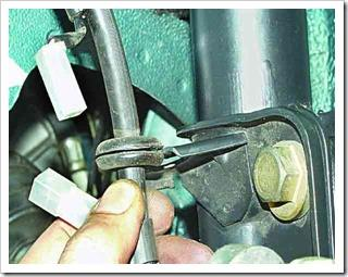 меняем тормозные колодки на передних колесах ваз 2110