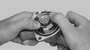 Операции проводимые при замене термостата на автомобиле ВАЗ 2170 2171 2172 Лада Приора (Lada Priora)